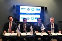 From left to right: Odin Kwon, Daewoo Shipbuilding & Marine Engineering, Deog Hee Doh, Korea Maritime and Ocean University, Naoki Mizutani, NAPA and Marko Dekena, AVL LIST signing the co-operation agreement at Nor-Shipping 2019